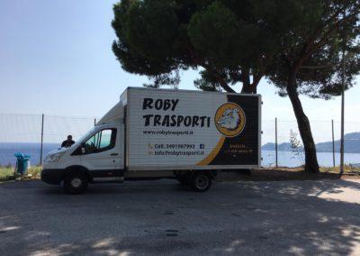 2021-04-Roby-Trasporti-Effettuare-Trasporto-Mobili-in-Regione-Lombardia