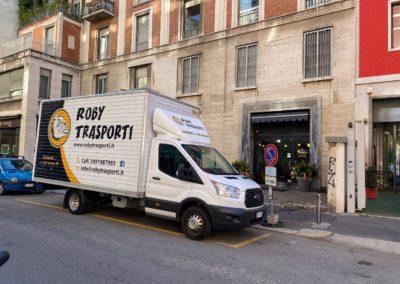 2021-04-Roby-Trasporti-Servizio-Traslochi-Trasporti-per-Aziende-per-Privati-Italia